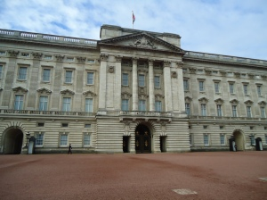 4 Buckingham Palace Central Entrance